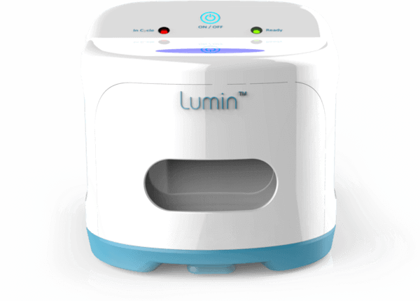The Lumin UV cleaner